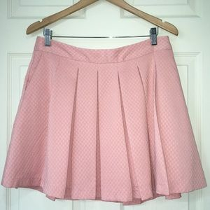 ELLE pink pleated mini skirt with pockets size 12